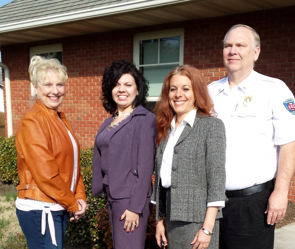 Secretary - Gayle Boyd, Bullet Boats,  Treasurer - Melissa Frazier, Tennessee State Bank,  President - Linda Karam, Advocare,  Vice President - John Linsenbigler, SVFD